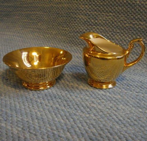AX-mallin kultainen sokerikko ja kermakko