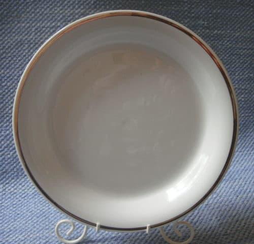 B-mallin lautanen