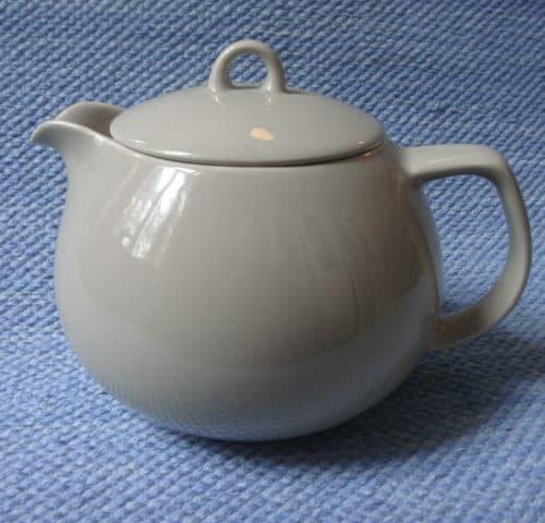 B-mallin teekannu