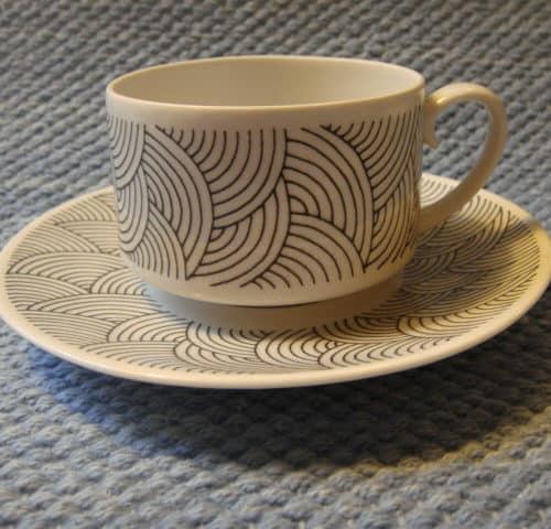 Kaari kahvikuppi