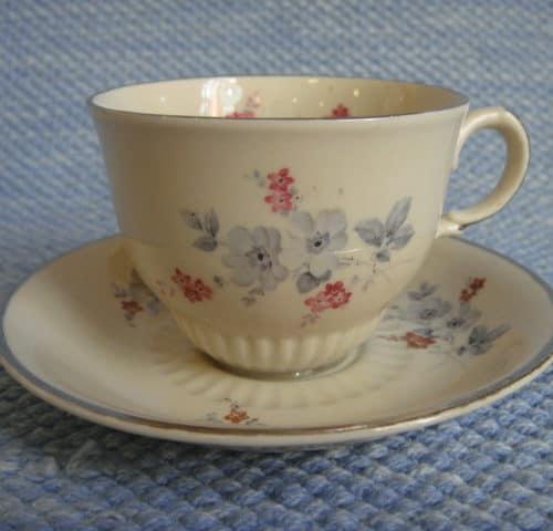 KB-mallin kahvikuppi