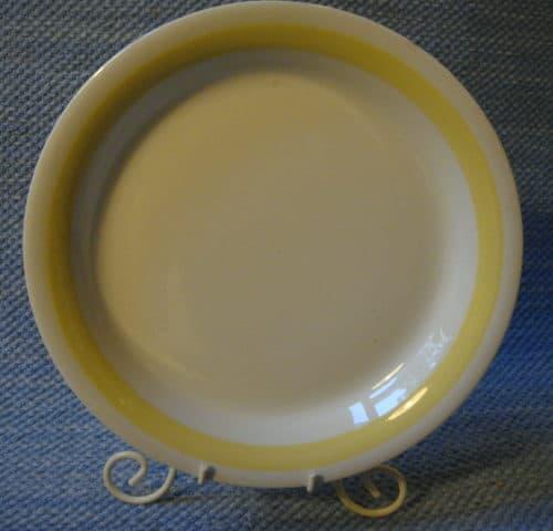 Keltavalko lautanen