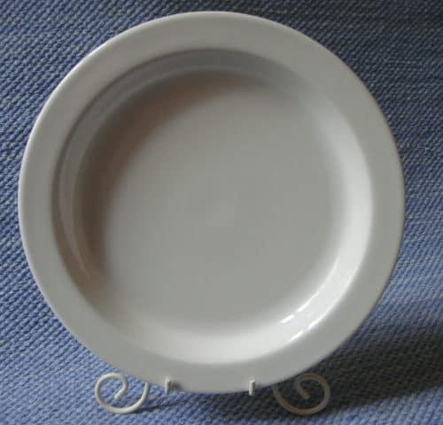 Kesti lautanen