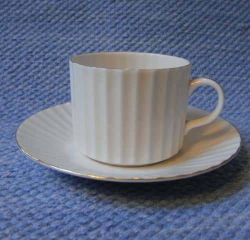 Kultapiisku kahvikuppi