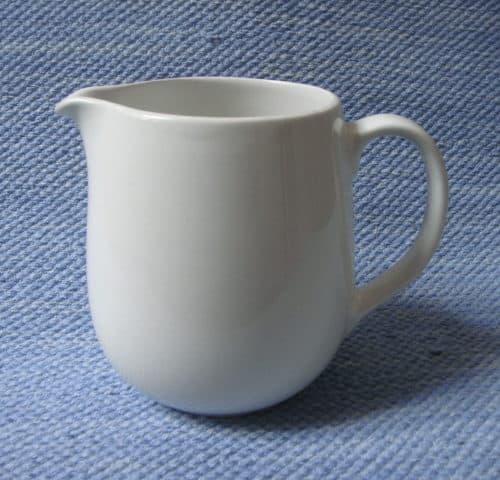 L-mallin maitokannu
