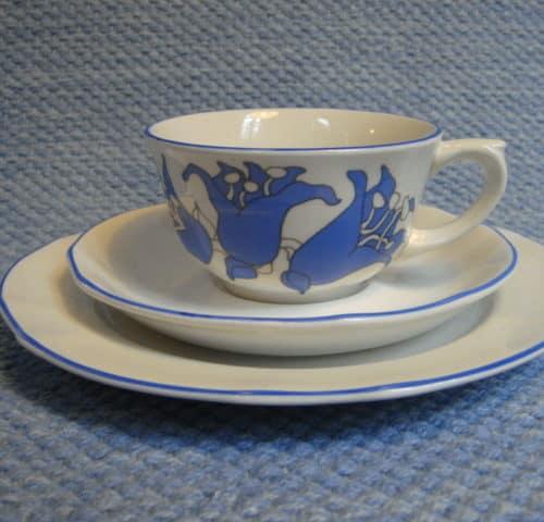 Lilja kahvikuppi+lautaset