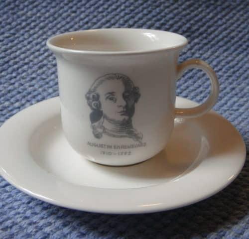 Mietoinen kahvikuppi