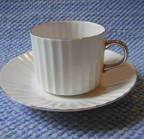 Platinakorva kahvikuppi