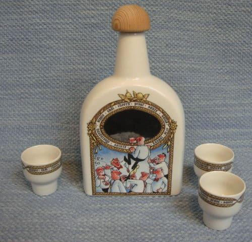 pullo ja snapsilasit