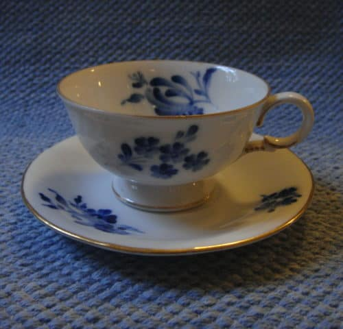 RE-mallin kahvikuppi