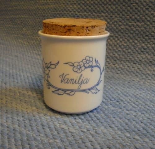 Sininen sarja/keittiö maustepurkit