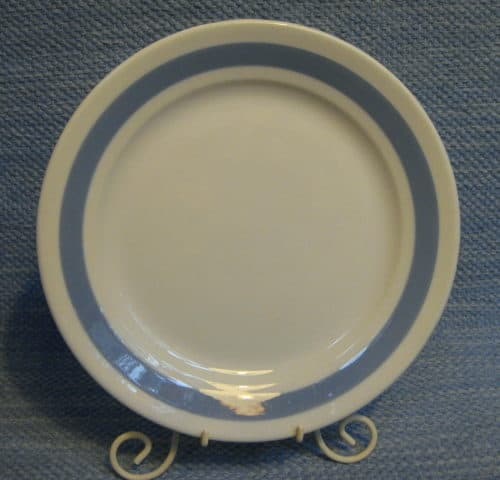 Sinivalko lautanen