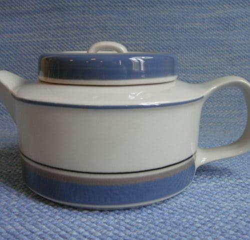 Uhtua teekannu