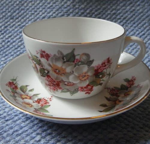60-luvun teekuppi
