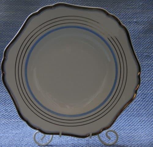 AG-mallin lautanen