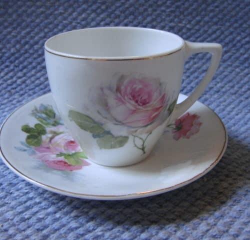 DY-mallin kahvikuppi