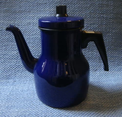 Emali kahvipannu