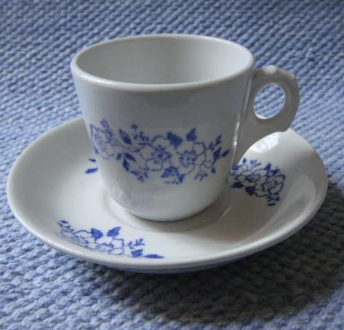 F-mallin kahvikuppi