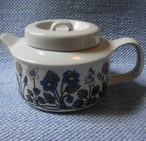 Flora teekannu