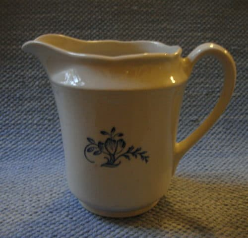 FQ-mallin maitokannu