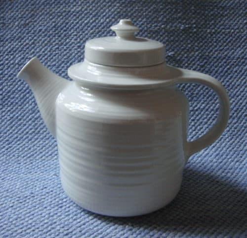 GD-mallin valkoinen tee/kahvikannu