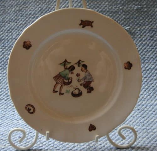 Hannu ja Kerttu lautanen