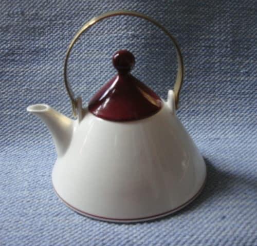 Harlekin Red Hat teekannu
