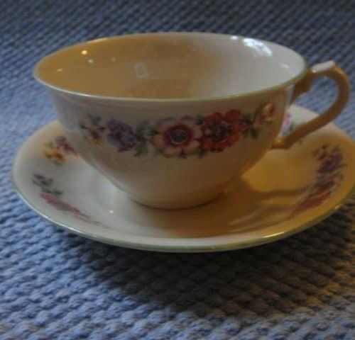 Kahvikuppi -30/40-luvulta
