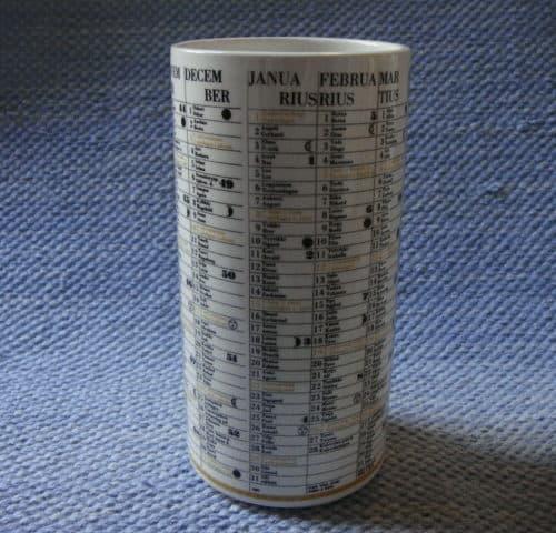 Kalenteri-purkki