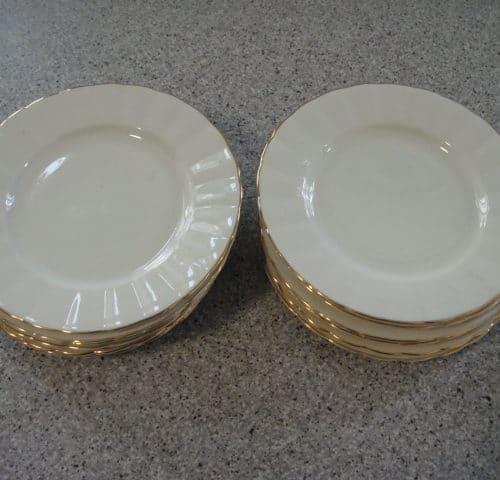 Kultakorva leipälautanen