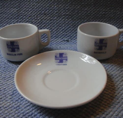 Lotta Svärd astioita
