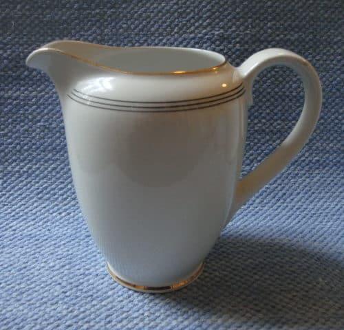 Minerva maitokannu