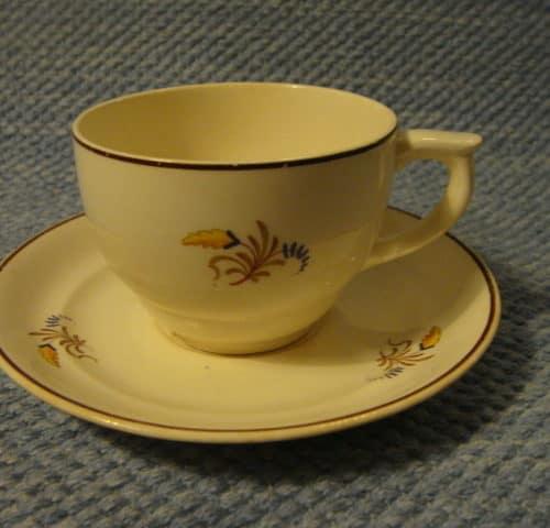 ML-mallin kahvikuppi