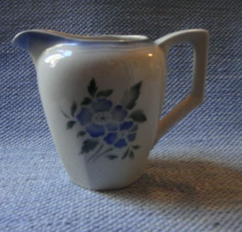 NA-mallin maitokannu