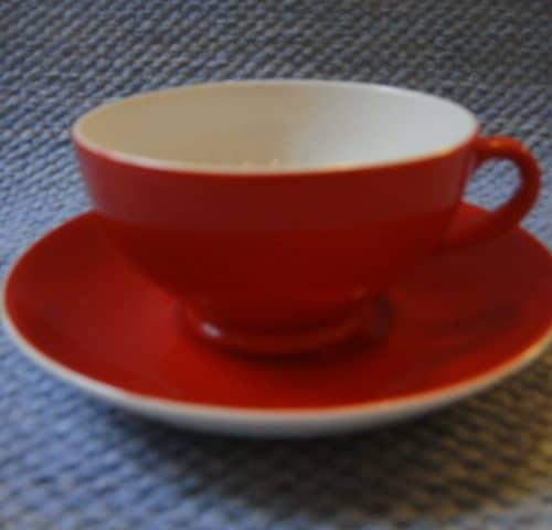 R-mallin kahvikuppi