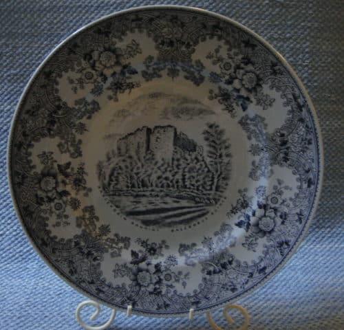 Raaseporin rauniot lautanen