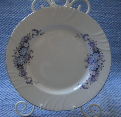 Raija 17 cm lautanen+pullavati