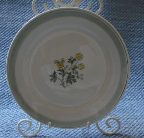 Suvi lautaset