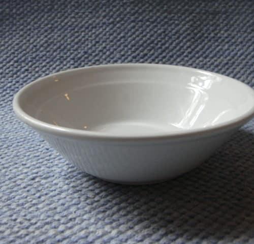Valkoinen viililautanen/kulho