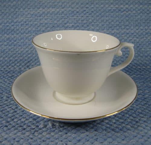 AX-mallin kultareuna kahvikuppi