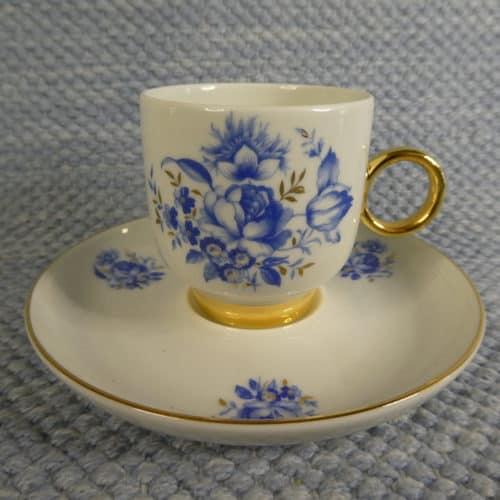 Kahvikuppi, sininen ruusu