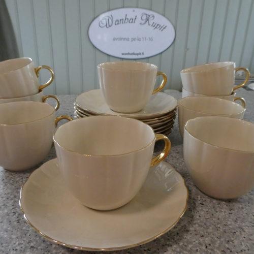 Kultakorva kahvikupit