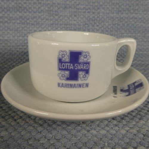 Karinainen Lotta Svärd kahvikuppi