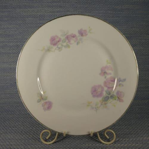 Vaaleanpunainen ruusu lautanen